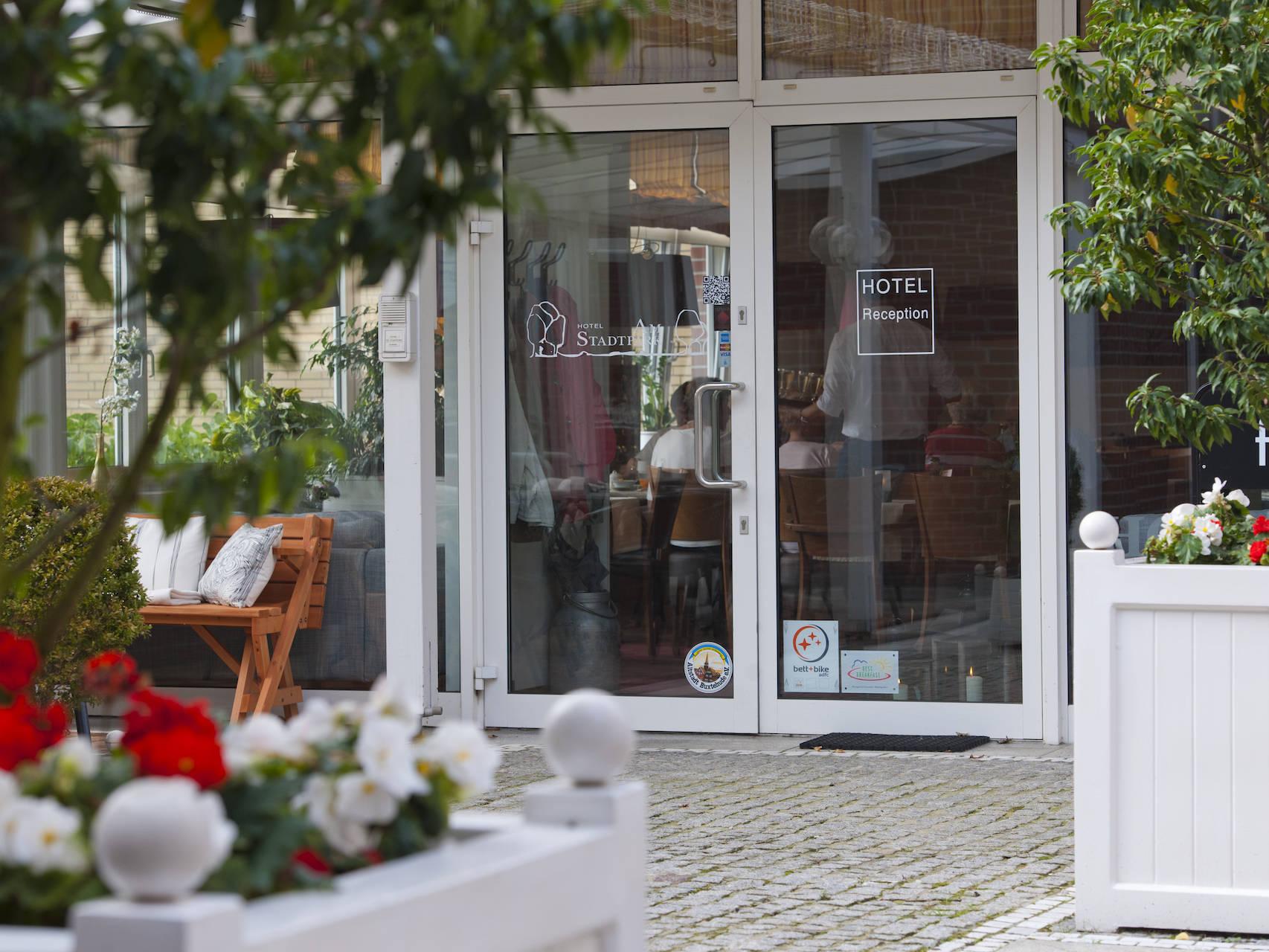 Aussenansicht Hotel am Stadtpark Buxtehude 5 uai