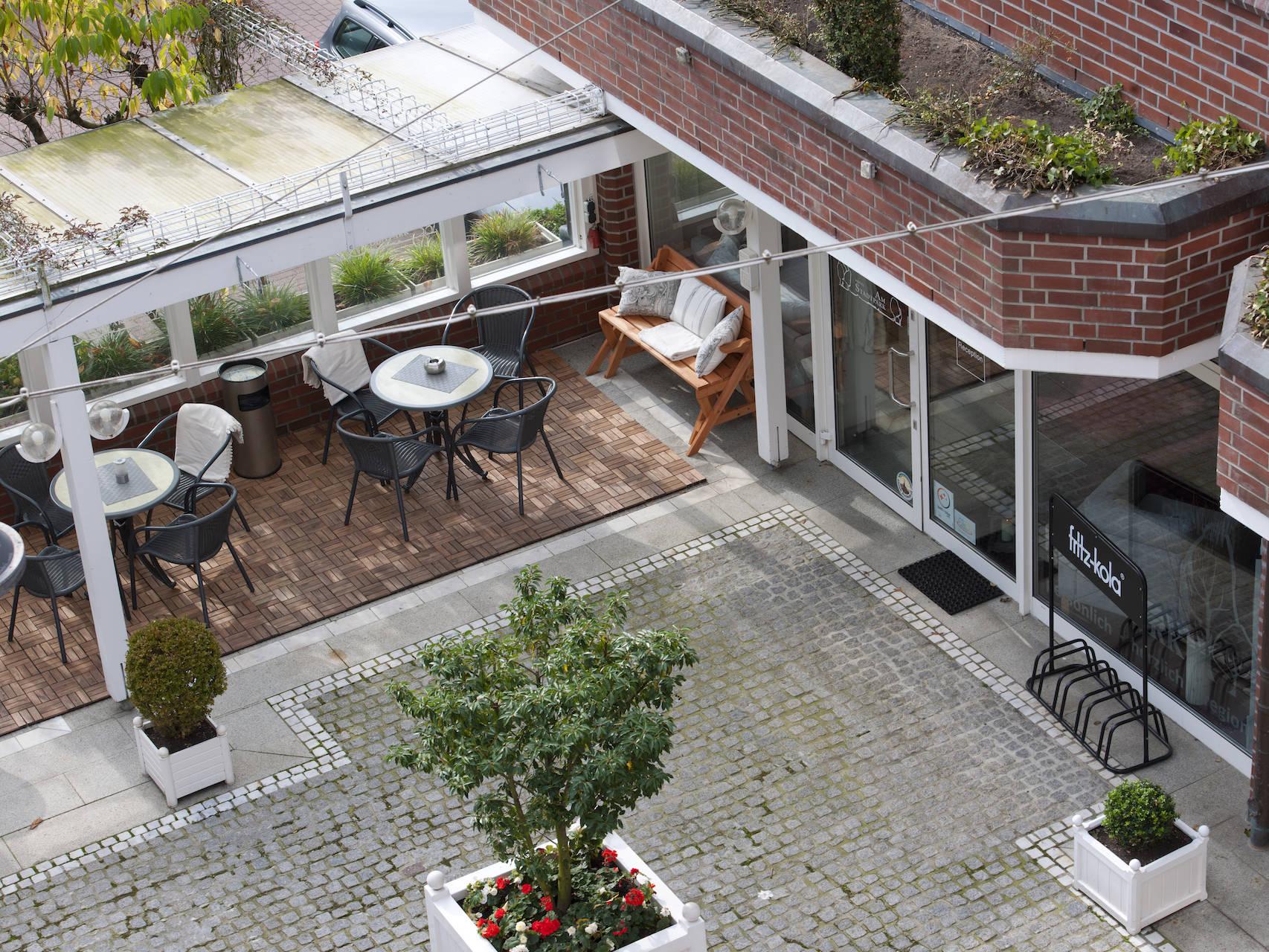 Aussenansicht Hotel am Stadtpark Buxtehude 6 uai