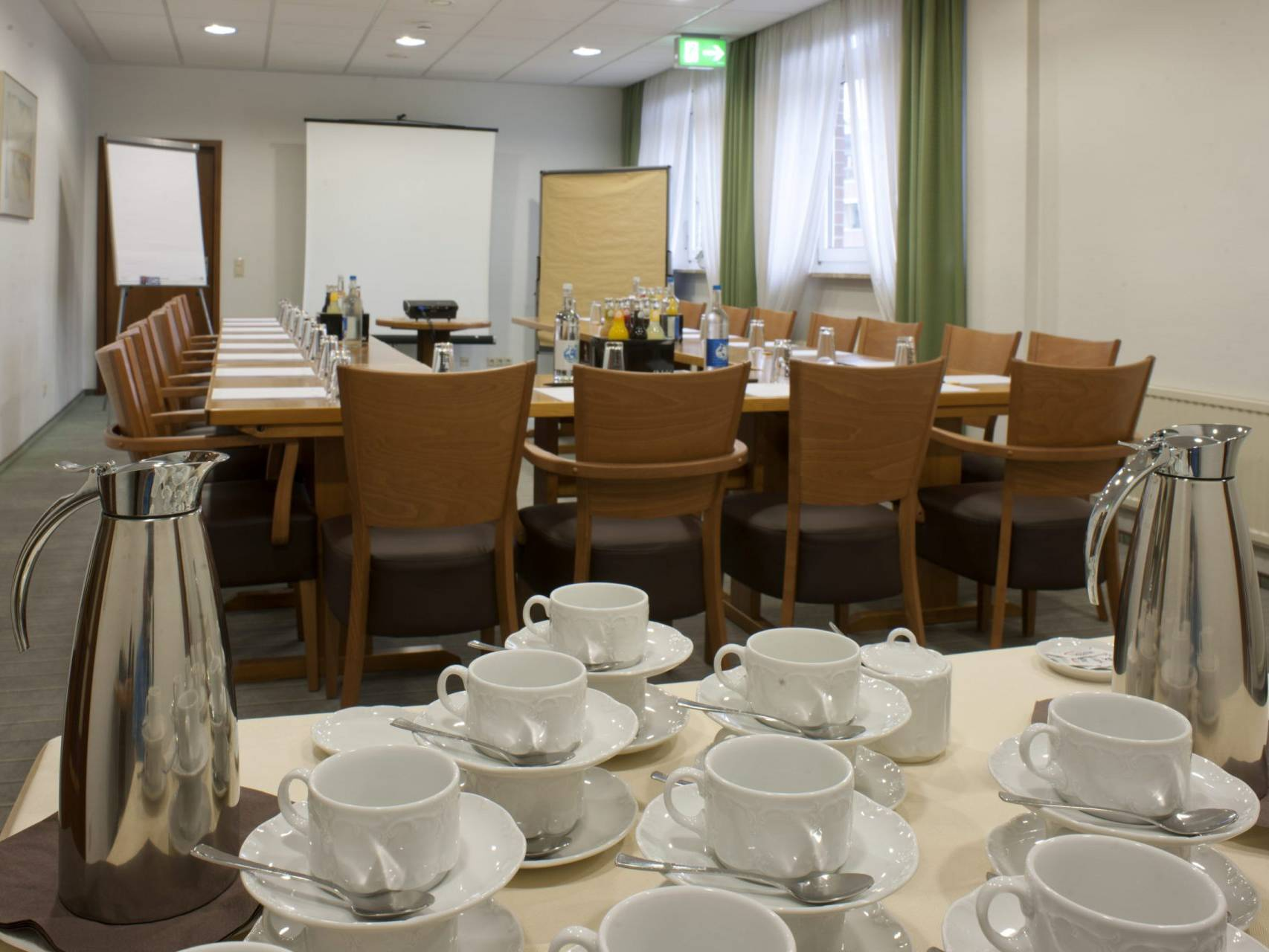 Konferenzraum Hotel am Stadtpark Buxtehude 3 scaled uai